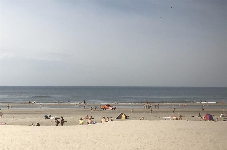 Zomerse temperaturen aan de kust